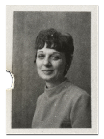 Black and white, head-and-shoulders staff portrait of Eleanor Hollandsworth taken in 1970.